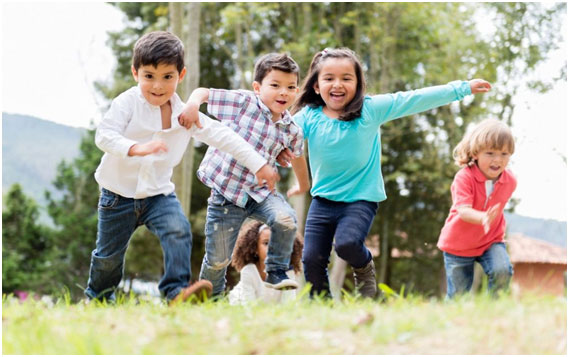 Orienta a tu hijo para que tenga relaciones sanas y constructivas